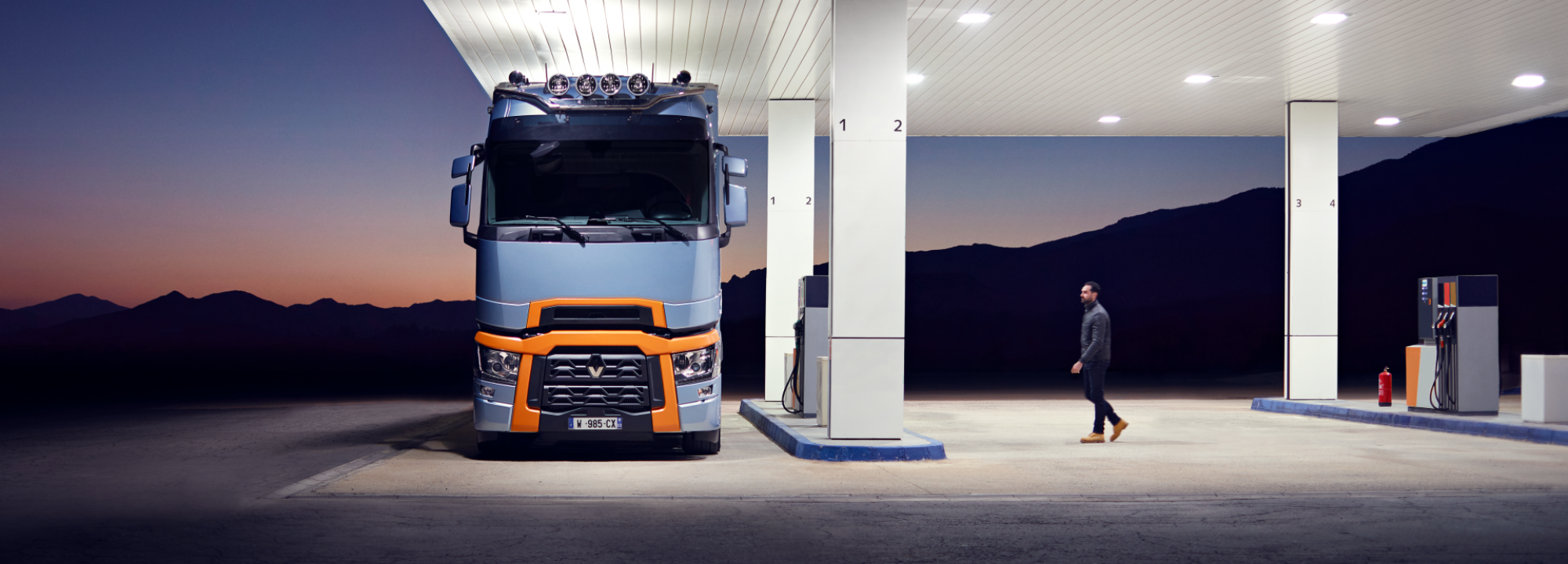 Renault Trucks T High service station