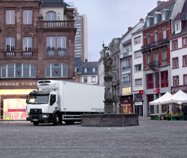 Renault Trucks D Wide fridge
